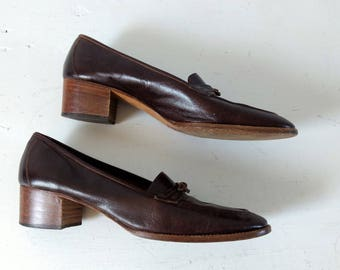 Vintage 1970s 70s Salvatore Ferragamo brown leather loafers,  designer shoes brogues, size 8 1/2