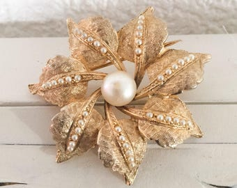 Pearl Flower Brooch, Vintage Jewelry Mothers Day SUMMER SALE