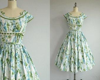 Vintage 1950s Dress / 50s Kay Whitney Floral Print Sundress / Vintage Lace Trim Circle Skirt Cotton Dress