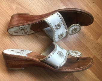 Jack Rogers Navajo silver White Leather Thong Style Sandals 6M