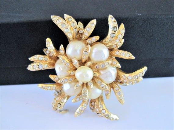 Hattie Carnegie Pearl Brooch - Large Baroque Pearls  - Rhinestones Surrounding Gold Tone Metal