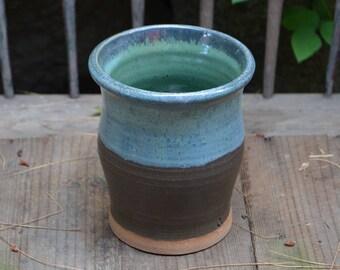 Magestic Vase