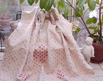 Gorgeous Vintage Estate Cathedral Window Hand Sewn Quilt in Pinks and Ivory