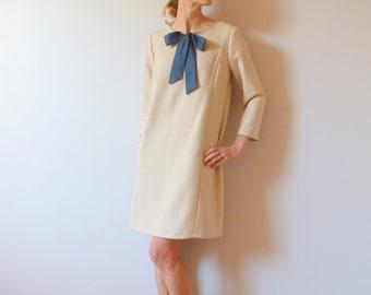 Beige twill woolen straight dress