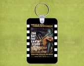 """The Day The Earth Stood Still Movie Poster  2"""" x 3"""" Fiberglass Reinforced Plastic Keychain"""