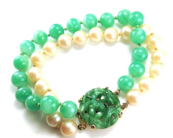 Peking Green Glass Bracelet Pearl Accents Floral Motif On Enhanced Clasp Double Strand Bracelet High Quality Vintage Collectible Jewelry