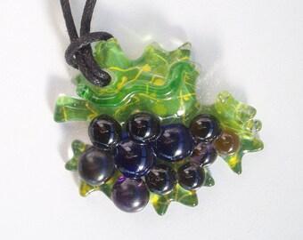 Glass grape pendant