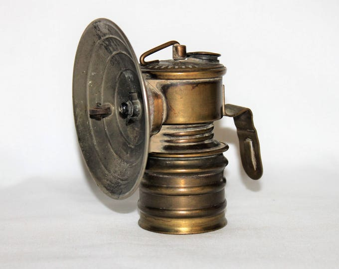 Antique 1920s British Premier Carbide Miner's Lamp, Brass Mining Artifact – Premier Carbide Miner's Headlamp Torch with Chrome Reflector