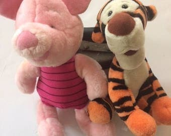 Tigger and piglet stuffs vintage very old