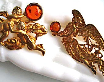 Angel Cherub Brooch, Amber Cabstone signed Louis Stern pair, Winged Angels Goldtone Brooch, Set of Two, Easter Gift