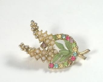 Vintage lucky Horseshoe Brooch - Heather Beaded Rhinestone Jewelry Pin - 1960s