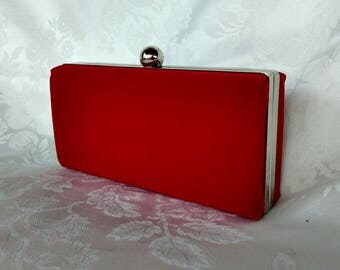 Red velvet minaudiere clutch/Red Wedding purse clutch/ Purse trend/ Gift for her/ Red evening purse