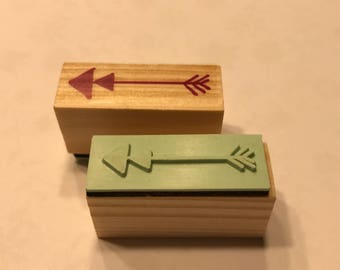 Arrow rubber stamp, 1 1/4 inch (BB4/6)