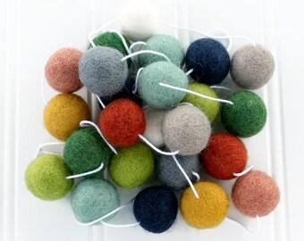 Earth Toned Felt Ball Garland, Pom Pom Garland, Nursery Decor, Kids Room Garland, Playroom garland, Felt Ball Bunting, Gender Neutral