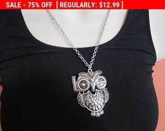 SALE Owl pendant necklace, Love pendant, vintage necklace, hippie, boho