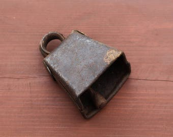 Vintage cow bell Antique cow bell Primitive farmhouse decor Sheep bell Goat bell Vintage farmland Animal bell