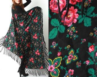 Vintage Russian Babushka Shawl / Floral Shawl With Tassels / Vintage Shawl / Vintage Tablecloth / Soviet Shawl / Gypsy Shawl / 70s Shawl