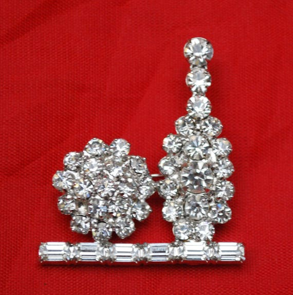 Rhinestone Bowling Brooch - signed B David -clear  crystal - silver metal - bowling pin and ball  pin