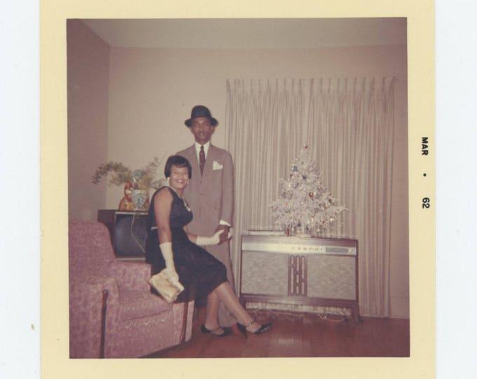 Vintage Snapshot Photo: Couple, 1962 (78604)