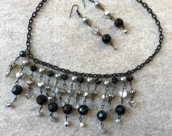 Black and Silver Jewelry Set
