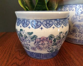 blue & white floral Chinoiserie planter