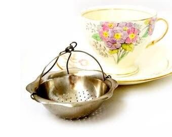 SALE Vintage Silver Plated Tea Strainer , Vintage Tea Infuser ,Tea Party Gifts