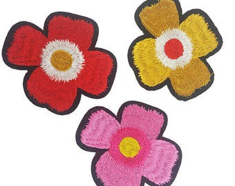 MIX Iron On Embroidered Flowers Patches Appliques, Decorative Flowers Badges for DIY Crafts