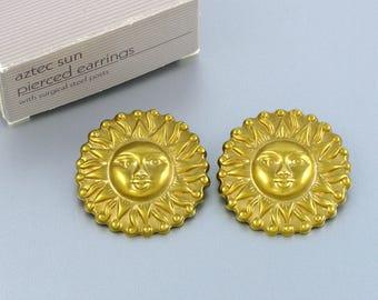 1992 Vintage AVON 'Aztec Sun' Pierced Earrings w original box. Vintage Sun Earrings. Statement Earrings. Avon Earring. Vintage Avon Jewelry