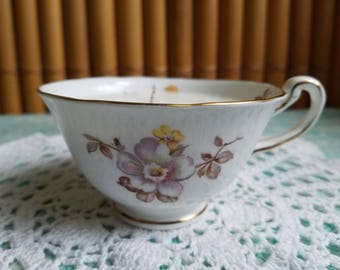 Dogwood Flower Tea Cup Candle