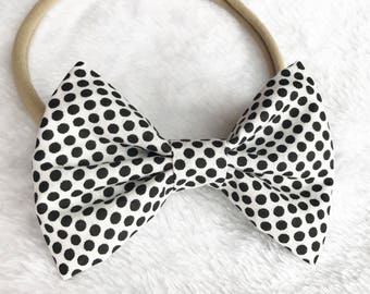 Polka dot hair bow. White polka dot bow. White and black hair bow. Nylon headband. Hair accessories. Black and white bow.