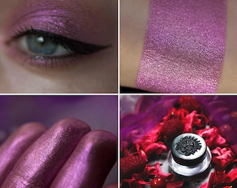 Eyeshadow: Berry Fairy - Fairy. Cranberry satin eyeshadow by SIGIL inspired.