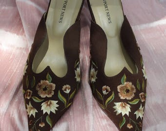 Brown silk embroidered shoe