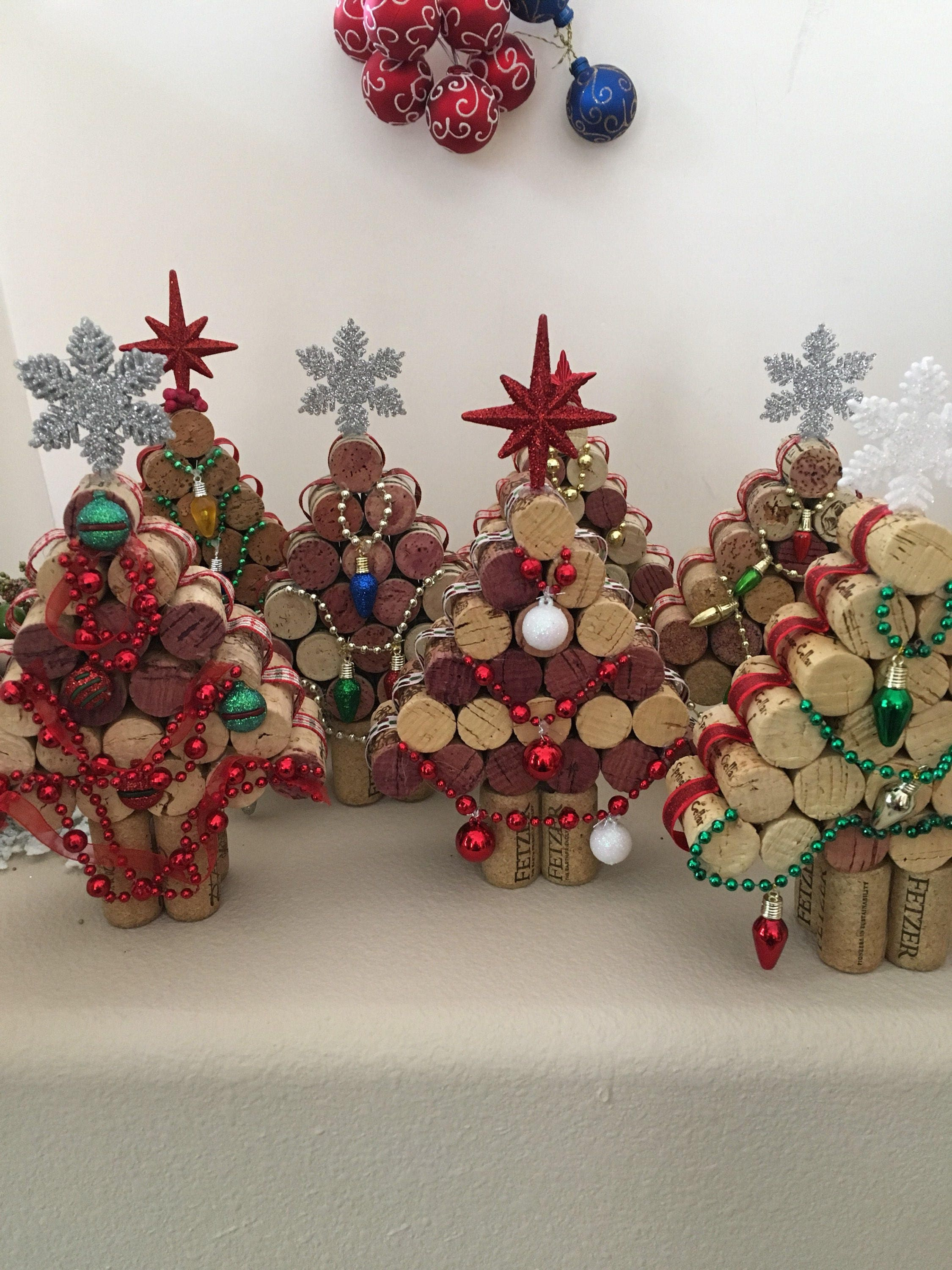 wine cork christmas tree upcycled cork christmas. Black Bedroom Furniture Sets. Home Design Ideas