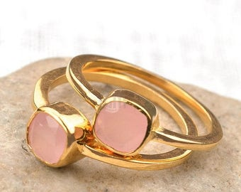 Rose chalcedony single stone ring, 6mm cushion gemstone ring, gold plated solitaire ring GemMartUSA (GPRC-12008)