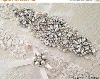SUMMER SALE Wedding Garter Set, Ivory Lace Garter Set,  Bridal arter Set, Rhinestone Garter, Lace Wedding Garter, Crystal Garter