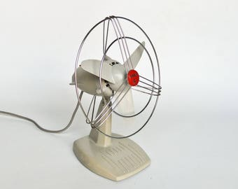 Vintage Electric Table Desk Fan /  Wall Fan / Girmi / 60s Italy / Grey