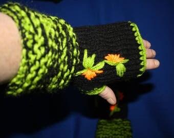 fingerless gloves green and black large wrist