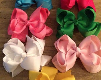 Stacked boutique bows
