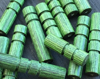 Wood beads, Customizable, 11 pieces, Green, hand carved