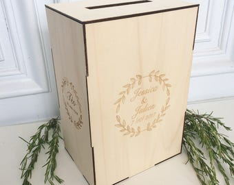 Customizable wedding URN (large)