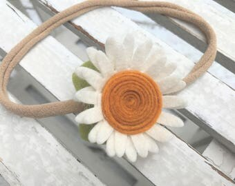 Felt flower headband - READY TO SHIP - nylon band - daisy headband