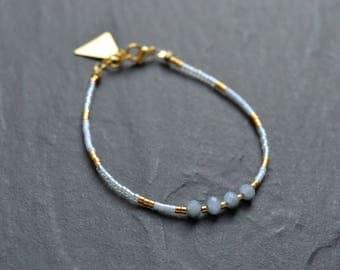 Crystal blue to dark blue mirrors, brass beads and miyuki beads