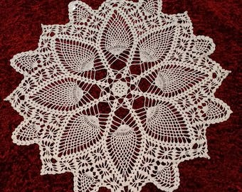 """Handcrafted Pineapple Doily Table Scarf 28"""""""