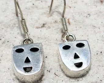 Vintage sterling ng silver cute face earrings