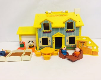 Vintage Fisher Price, Play Family House, #952 House, Little People, FP Toys, Vintage 1970s Toys, 1960s toy, Little People Furniture, Car