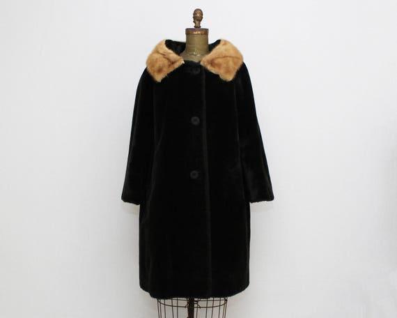 Vintage 1950s Black Fur Mink Trimmed Coat - Size Medium - Union Label