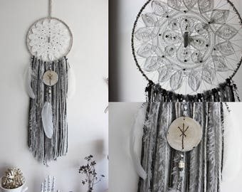 Viking's Spell. dreamcatcher wood rune Algiz feather, quartz, wool, for pagan & witchcraft wall-hanging .