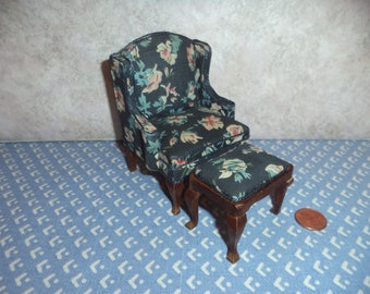 1:12 scale Older dollhouse miniature chair with ottoman