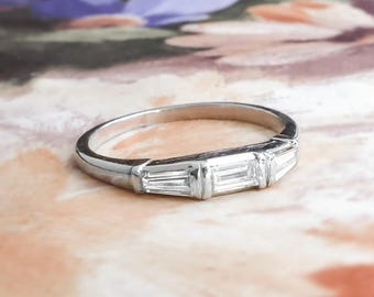 Vintage 1930's Jabel 3 Stone .31ct t.w. Bagette Diamond Wedding Band Platinum