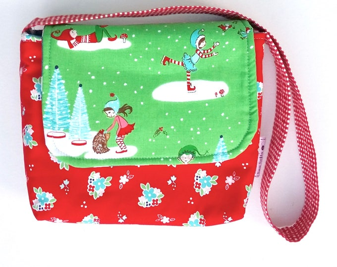 Featured listing image: REDUCED - Pixie Noel Mini Messenger with festive red flowers